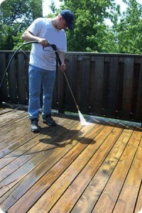 deck-cleaning-and-sealing